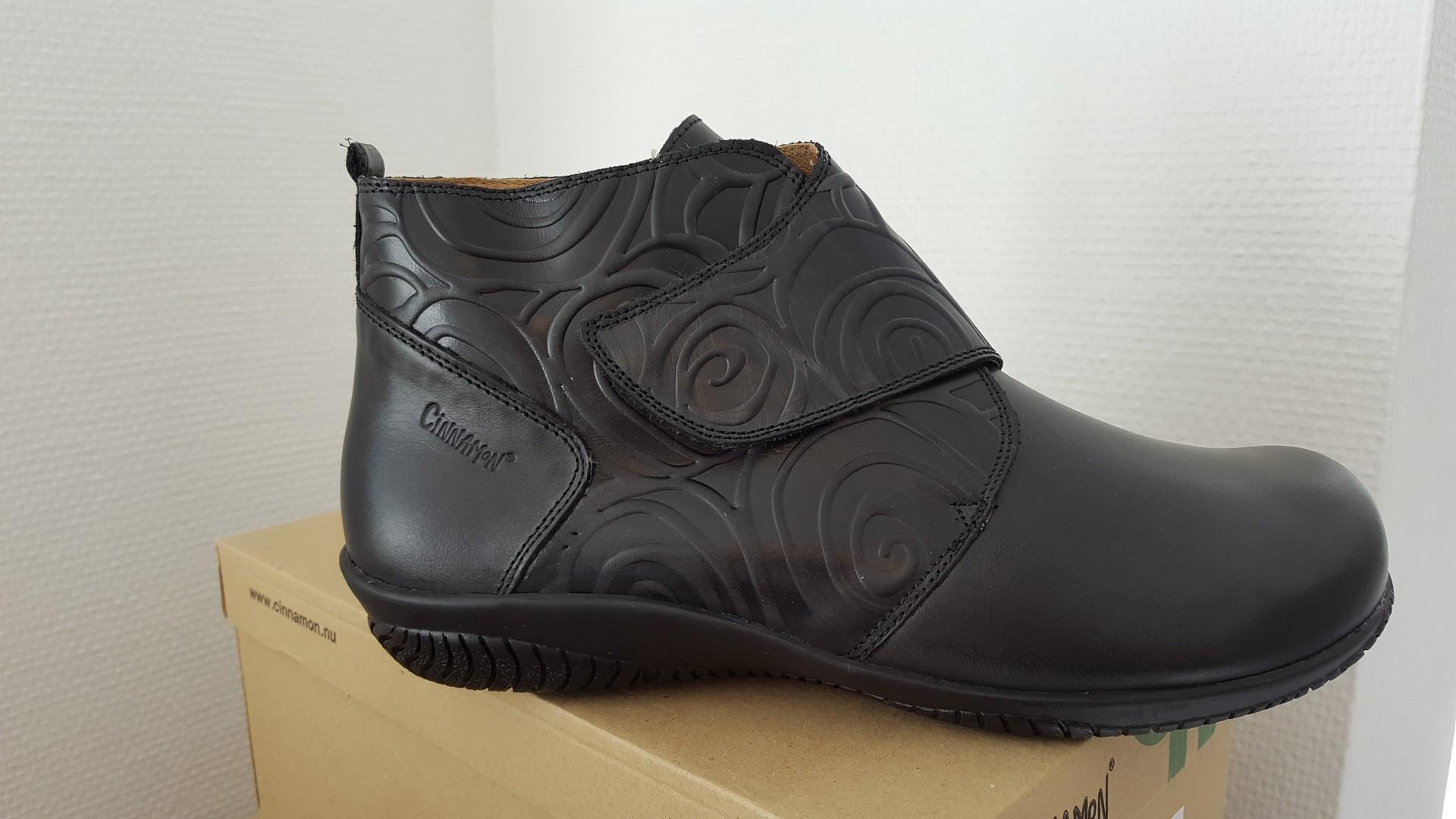 1ff2c80f1513 Fakse Fodterapi er blevet forhandler af sko fra Cinnamon